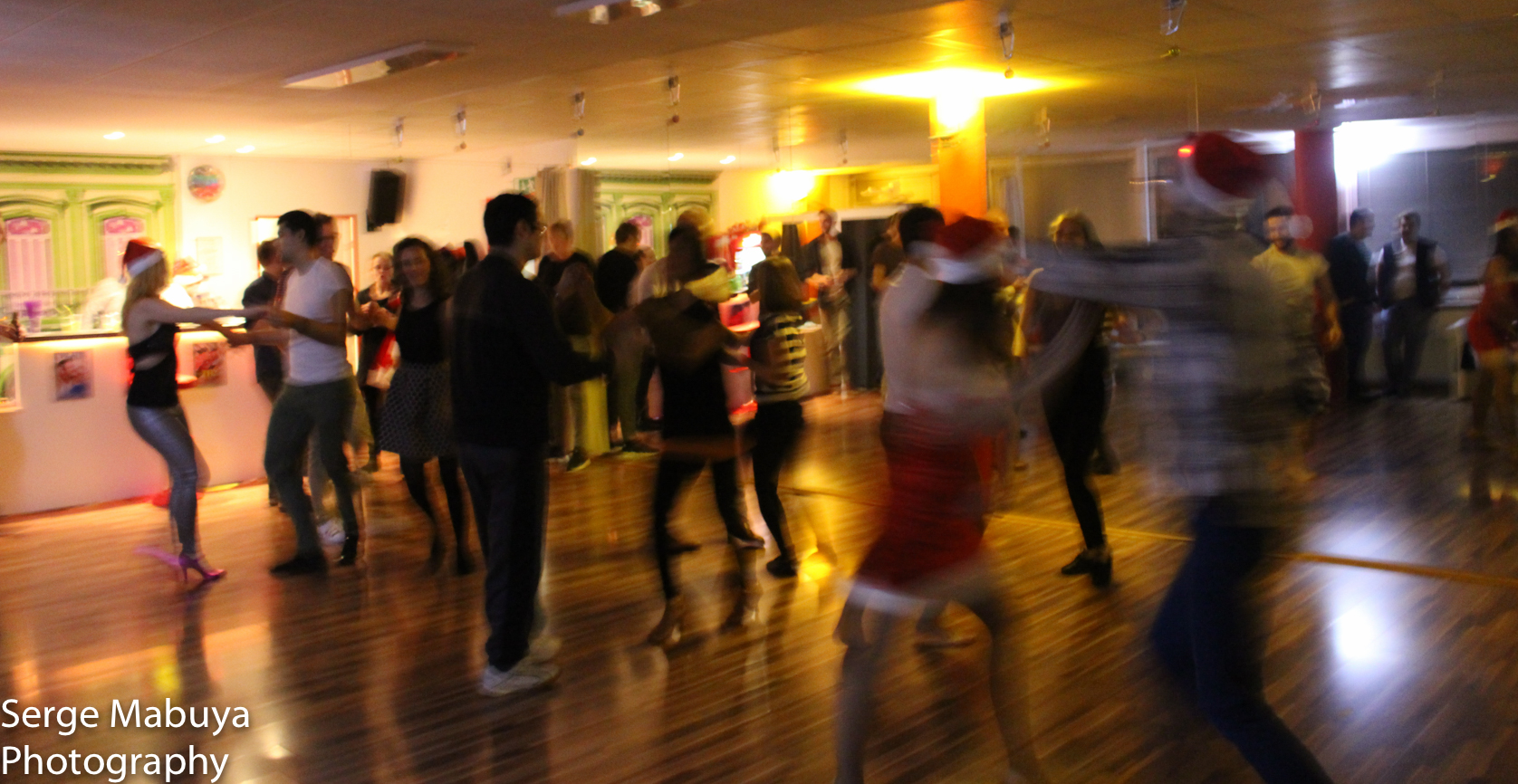 aliasalsa-soiree-noel-lausanne-salsa-serge-9477