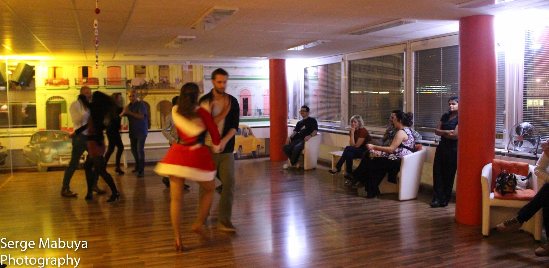 aliasalsa-soiree-noel-lausanne-salsa-serge-9488