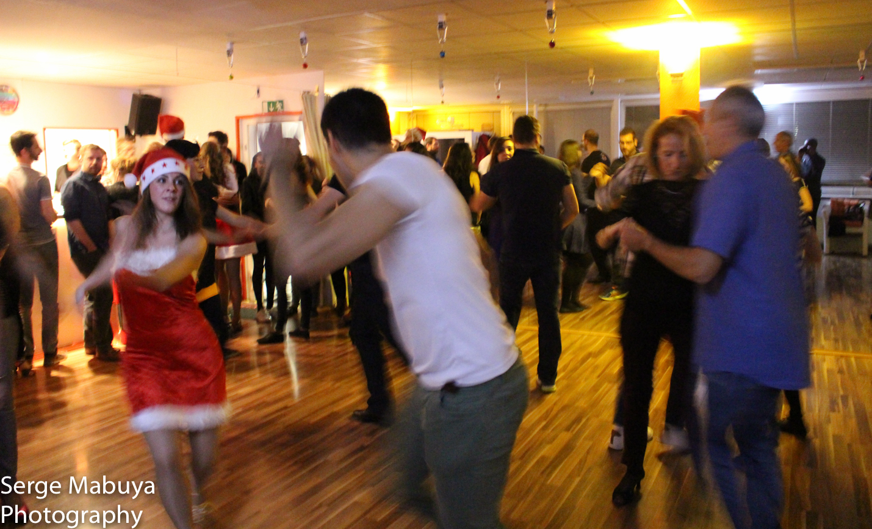 aliasalsa-soiree-noel-lausanne-salsa-serge-9495