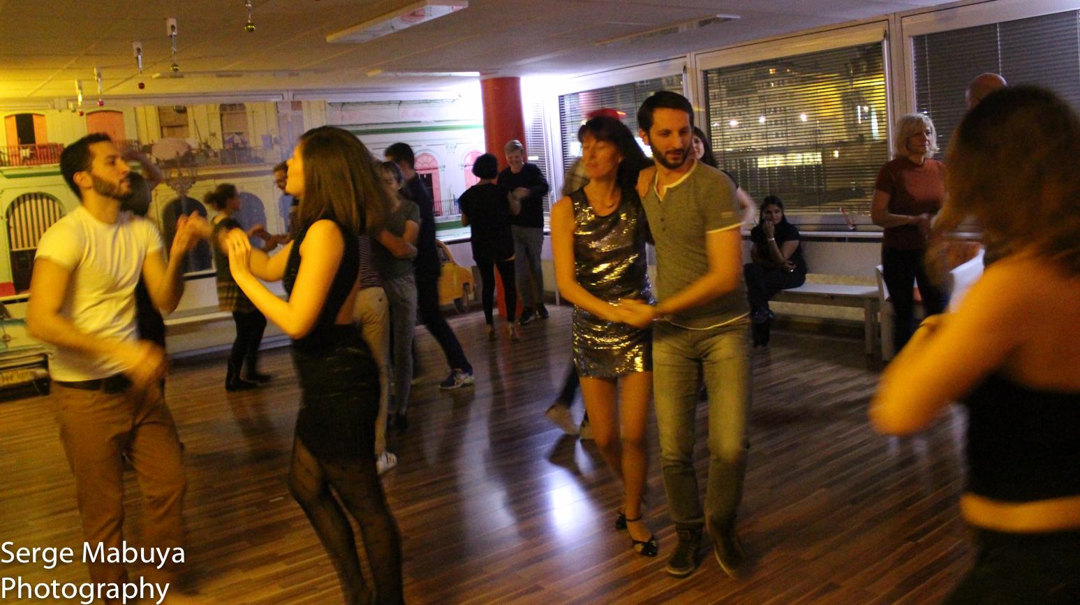 aliasalsa-soiree-noel-lausanne-salsa-serge-9507