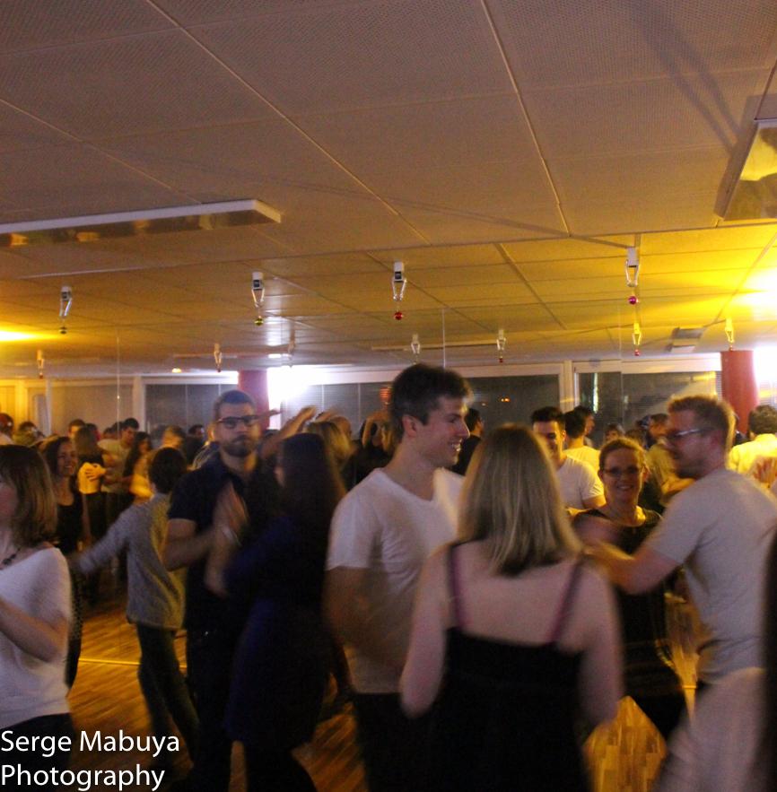aliasalsa-soiree-noel-lausanne-salsa-serge-9553